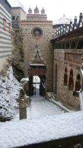 rocchetta mattei neve